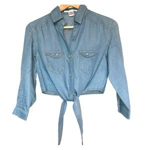 Ellison Chambray Jean Tie Up Crop Shirt Size Small